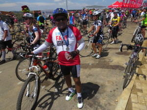 SASCOC President, Gideon Sam completed 2014 Momentum 94.7 Cycle Challenge